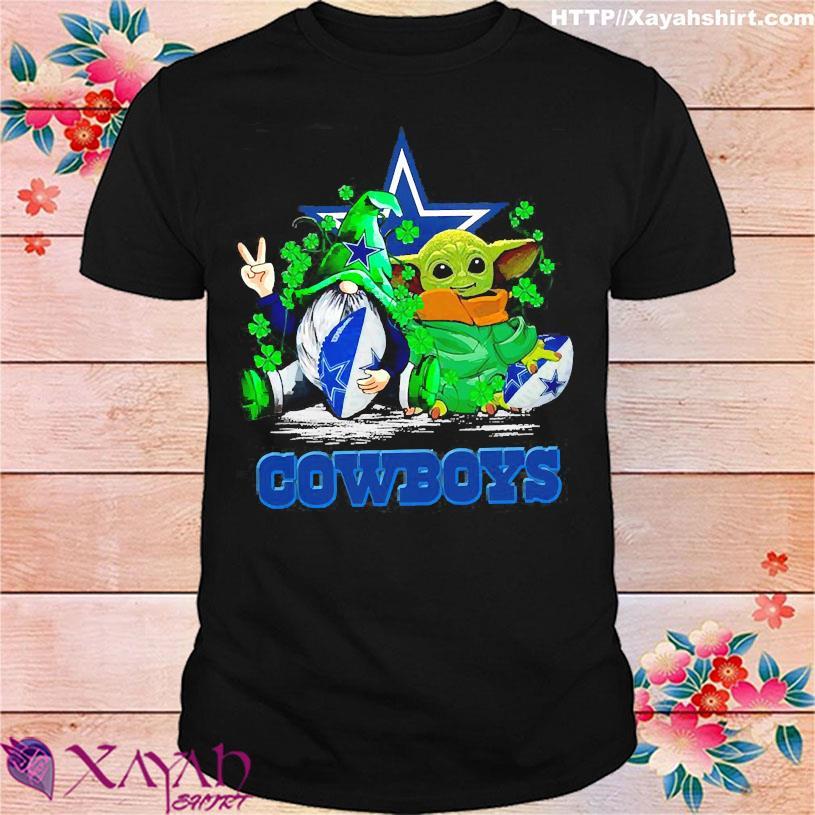 Gnome and Baby Yoda hug Dallas Cowboys shirt